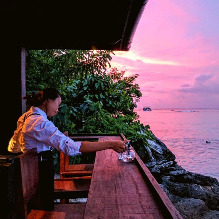 Top 8 Spots to Drink and Watch the Sunset on Nusa Lembongan - THE DECK