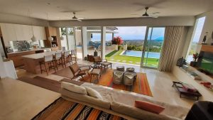 THE VILLA OPEN PLAN LIVING AREA AT 353 DEGREES NORTH ON NUSA LEMBONGAN, BALI