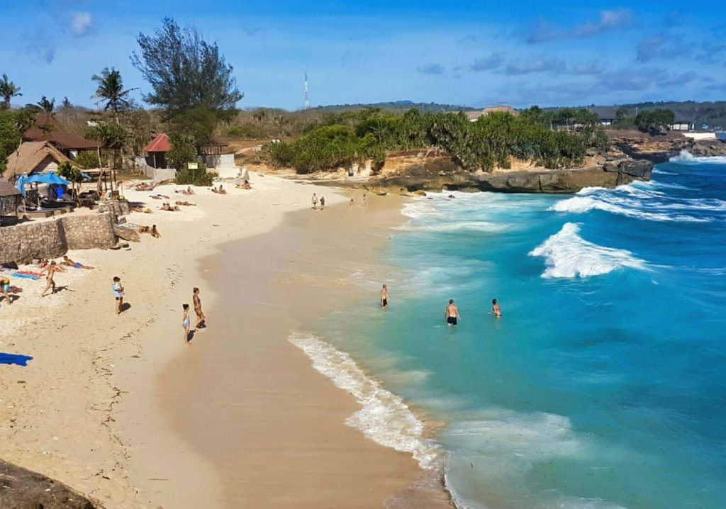 BEST BEACHES OF NUSA LEMBONGAN - DREAM BEACH