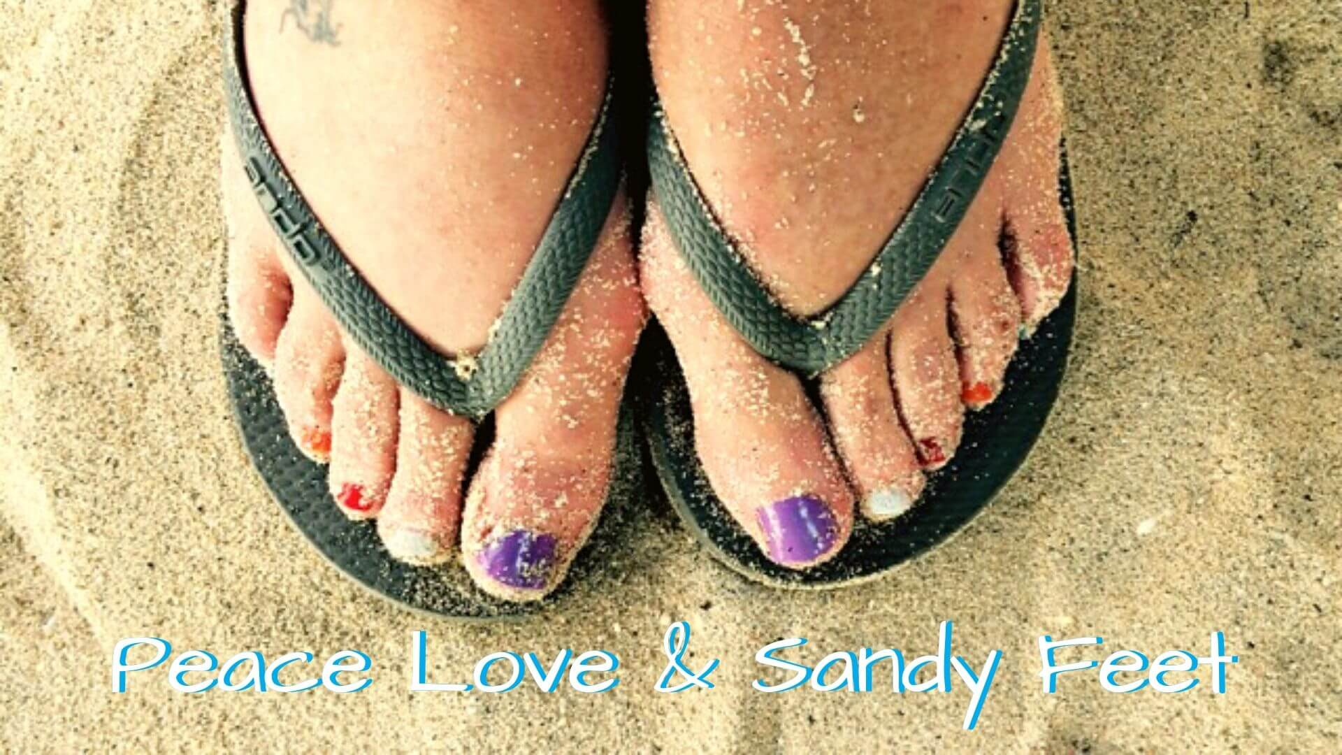 PEACE LOVE AND SANDY FEET ON THE BEACHES OF NUSA LEMBONGAN
