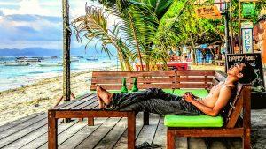 RELAXING ON NUSA LEMBONGAN, BALI